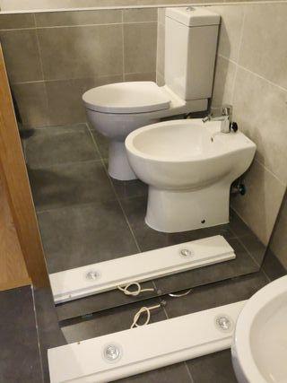 espejo de baño y aplique de luz de 2 bombillas