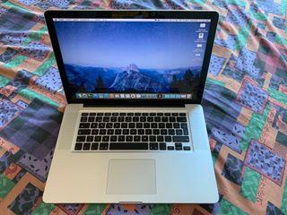 MacBook Pro 15'' + Cargador + Estuche