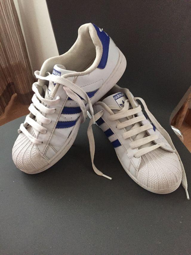 instructor Posible danés  Adidas superstar 38 de segunda mano por 25 € en A Coruña en WALLAPOP