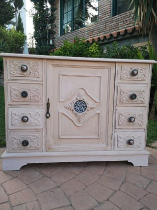 precioso mueble vintage exclusivo.