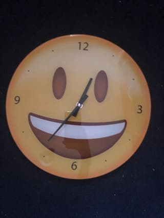 Reloj smile de pared