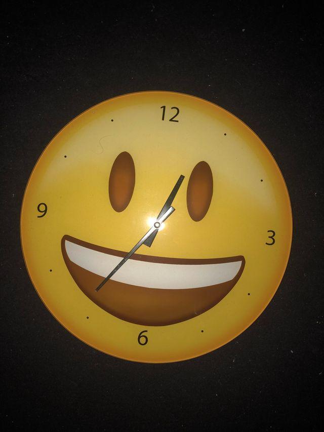 Reloj smile de pared