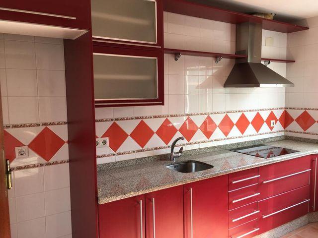 Muebles de cocina Precio NEGOCIABLE de segunda mano por 500 ...