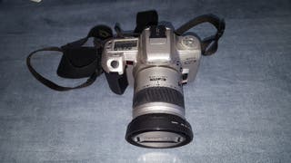 cámara de fotos analogica réflex minolta