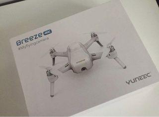 Breeze 4K Dron