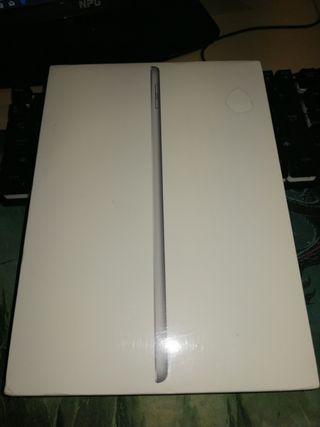 iPad Wi-Fi 32 GB