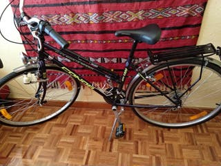 Bicicleta híbrida de chica sin barra