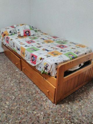 Dormitorio de pino rustico