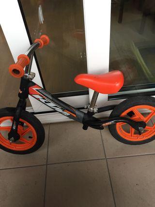 Bici KTM sin pedales