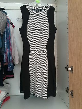 vestido ceñido XS marca h&m