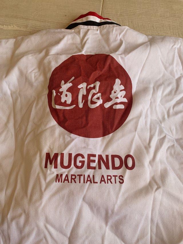 Kimono karate Mugendo, talla 160 cm