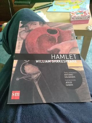 hamlet editorial SM