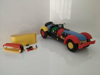 Coche de juguete desmontable