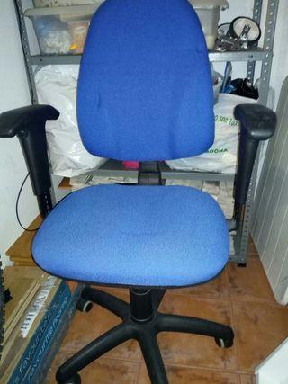 Vendo silla de oficina,regulable