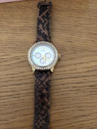 Reloj marca guess