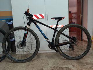 Bicicleta BTT Specialized Carbono de 29
