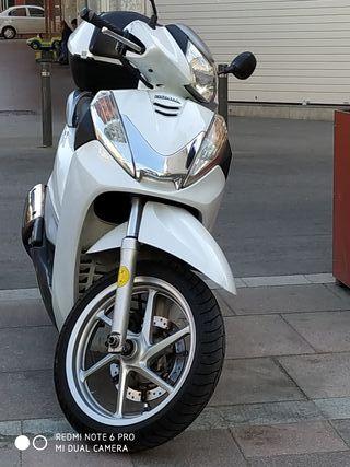 la canvio por una Suzuki 600 canvio nombre incluid