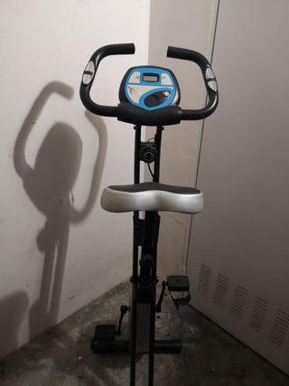vendo casi nueva bicicleta estática