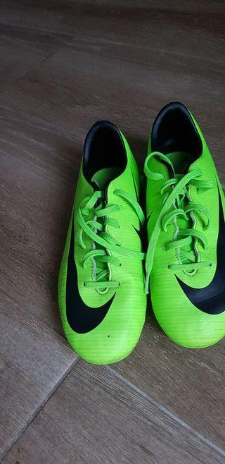 Botas de futbol 35.5