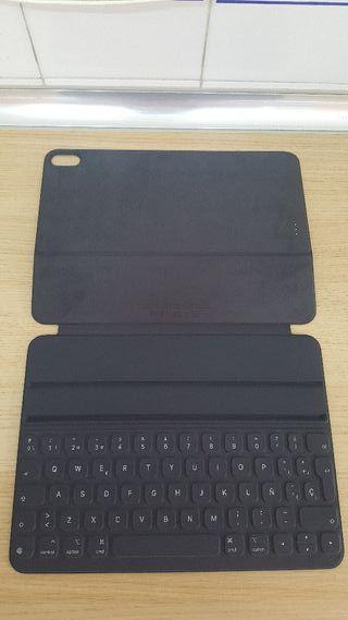smart keyboard folio ipad pro11