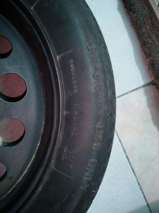 neumático de recambio
