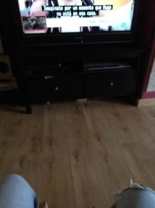 mueble hemnes televisor