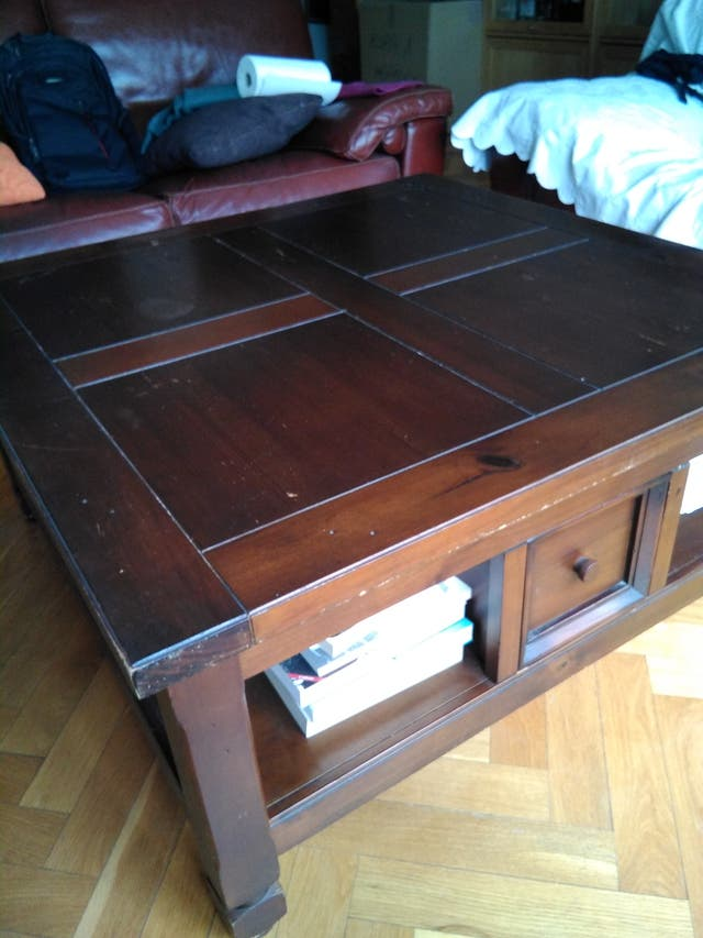 Mesa de centro de madera de calidad