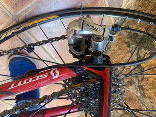 Bici scott addict R2 Carbono