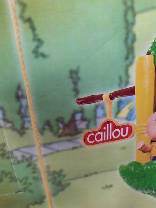 Caillou, la casa del arbol