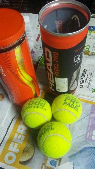 Raqueta squach y pelotas padel