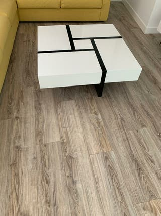 mesa de centro con cajones