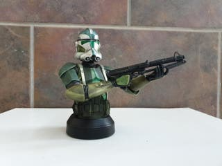 commander gree busto de gentle giant
