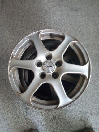 4 llantas de aluminio de 16 pulgadas