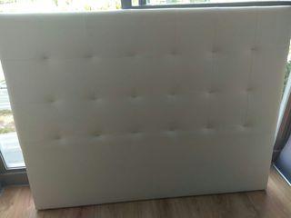 Cabecero polipiel color blanco