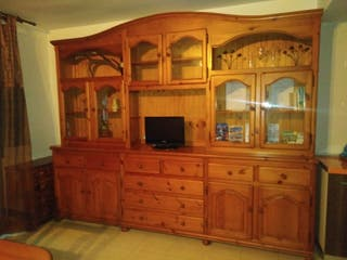 mueble televisor madera de pino