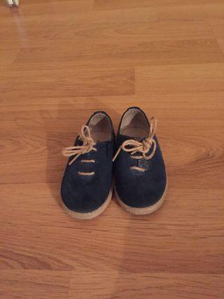Zapato niño Talla 22