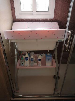 bañera con cambiador Brevi