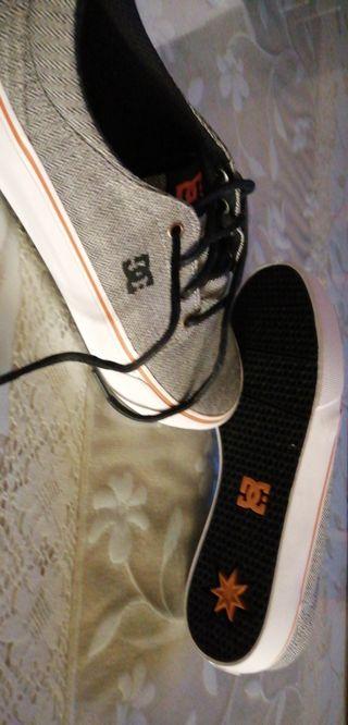 zapatillas DC nuevas talla 42