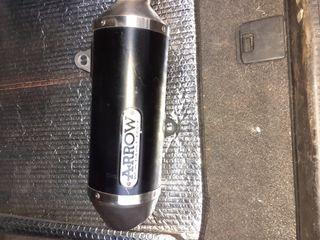 Yamaha nmax escape y varidor