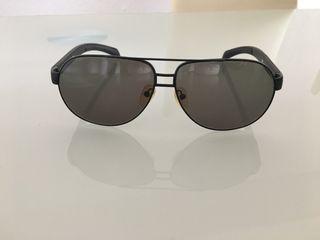 Gafas de sol marca Prada seminuevas