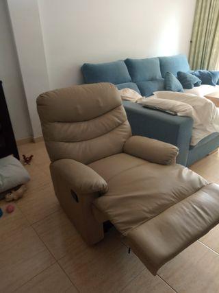 sillón masajeando