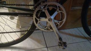 bicicleta carretera y rodillo