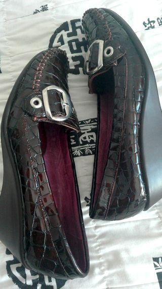 Zapatos cuero y charol S&P