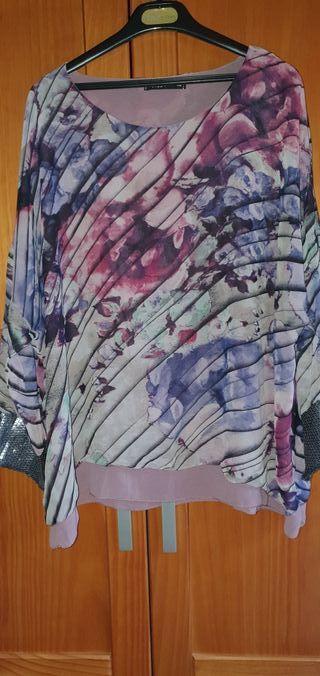 Blusa de gasa estampada marca A de T talla 44