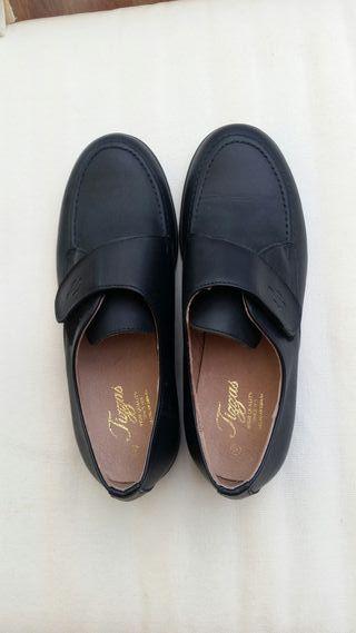 Nuevos Zapatos Tizzas Num 35 Niño Vestir Comunión