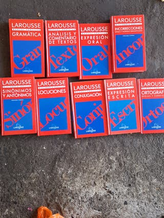 9 manuales prácticos Larousse