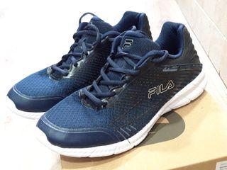 Zapatillas Fila, azul marino, talla 42