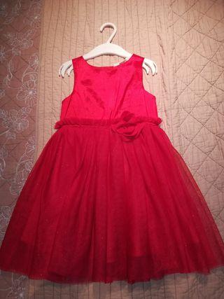 Vestido rojo de H&M, para celebración.