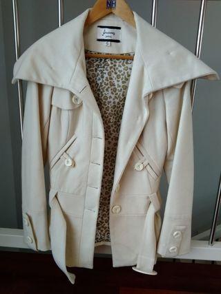 Abrigo blanco talla S