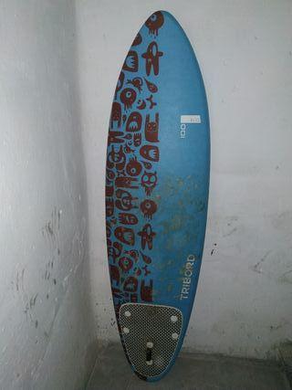 Tabla de surf decthlon con funda ,